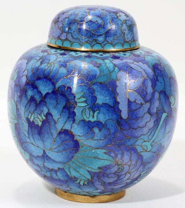 Cloisonne Ginger jar, blue chrysanthemum