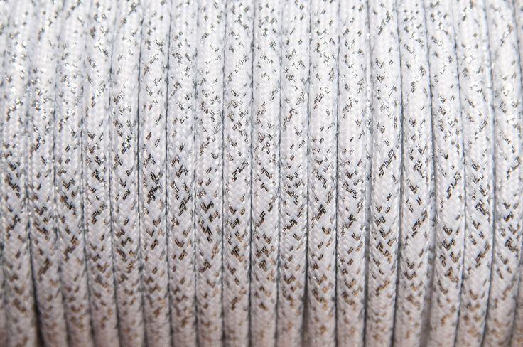 Rendelj tilka csillogó színes retro textilkábelt méterre vagy kérd design lámpaként antikizzoval. tilka.hu