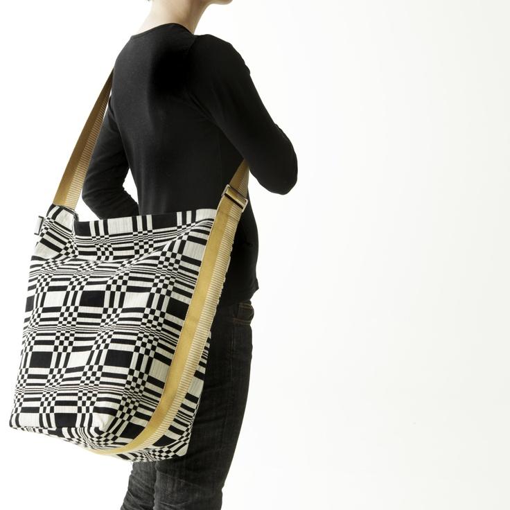 Tetra Sack by Johanna Gullichsen, Doris fabric