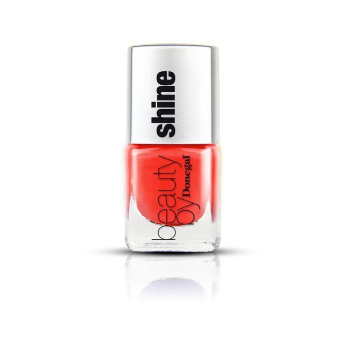Kiss Me - see more: http://www.donegal.com.pl/pl/akcesoria-do-manicure-i-ozdoby-na-paznokcie/3049-lakier-do-paznokci-beauty-shine-kiss-me-5907549271913.html