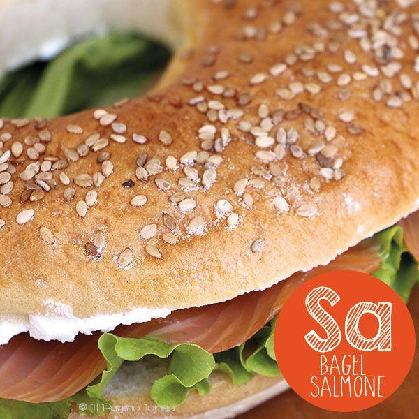 Bagel al salmone e crema di formaggio