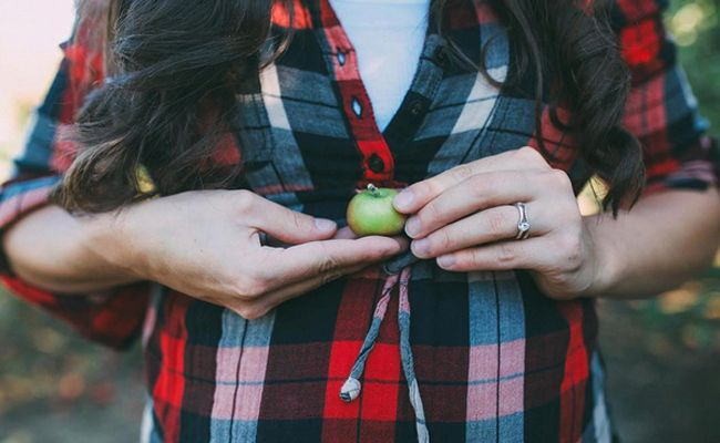 From apples to pumpkin spice lattes, these fall-themed ideas are perfect for a timely pregnancy announcement or gender reveal.