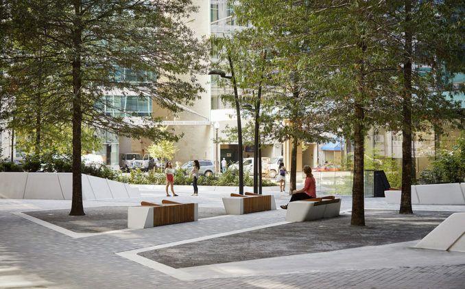 Scape Recalls Diagonal Paths Of The L Enfant Plan For Washington D C For Midtown Center Plaza Design L Plaza Design Landscape Architecture Urban Landscape