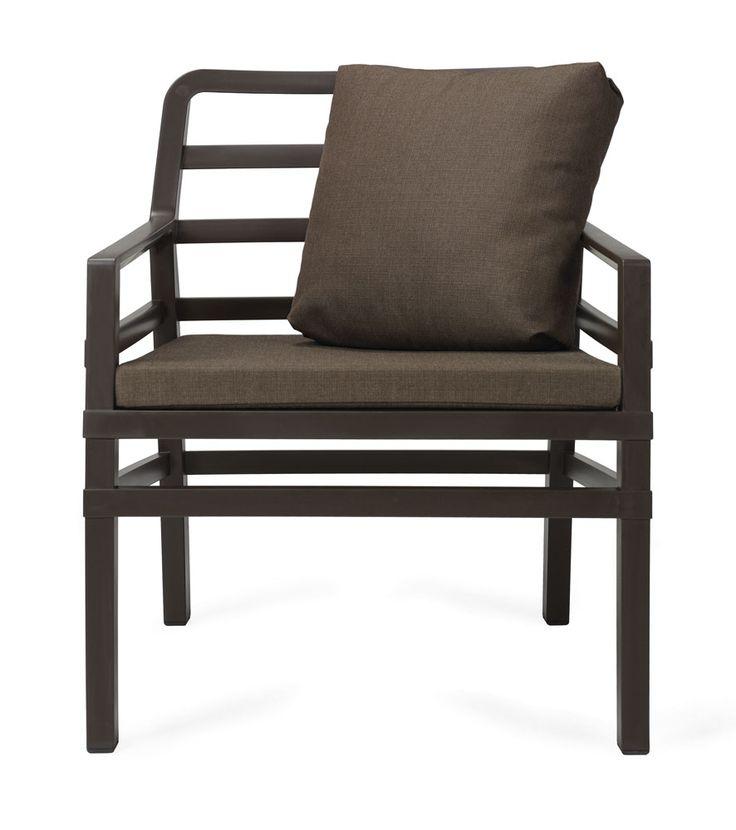 ACQUISTA su semyna.it: SPEDIZIONE GRATUITA Petit Sofà in polipropilene per indoor e outdoor con piedini anti scivolo. Cuscino per la seduta e Cuscino Arredo inclusi nell'imballo. Colore seduta CAFFE', colore cuscino CAFFE'. Misure seduta (LxPxH) 70,5x71x84.