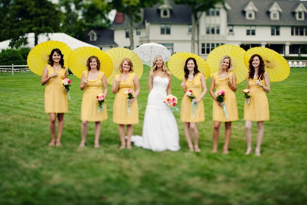 35 best Pose #39 - Holding Parasoles images on Pinterest Marriage