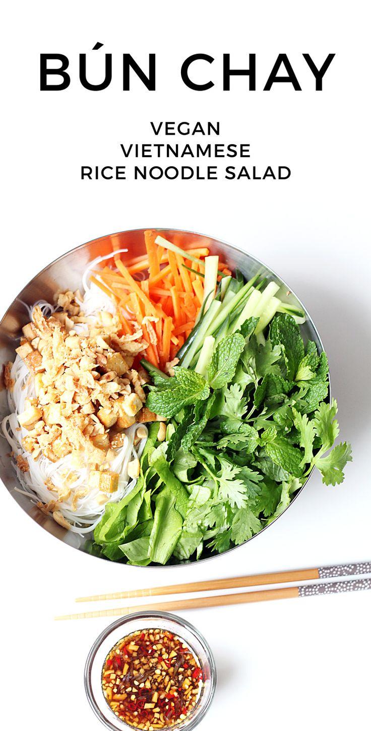 Bún Chay – Vietnamesischer Reisnudelsalat mit frischen Kräutern   – Rezepte