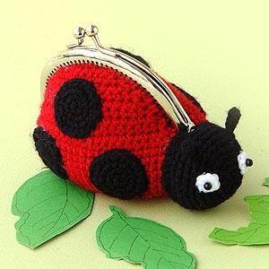 Visto aquí: http://pinn.co.th/?module=category=pinnknitting=crochet=kits=null_id=KX-CRO-A02