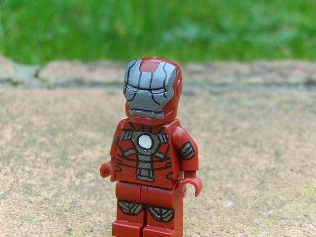 Lego iron man mark 12