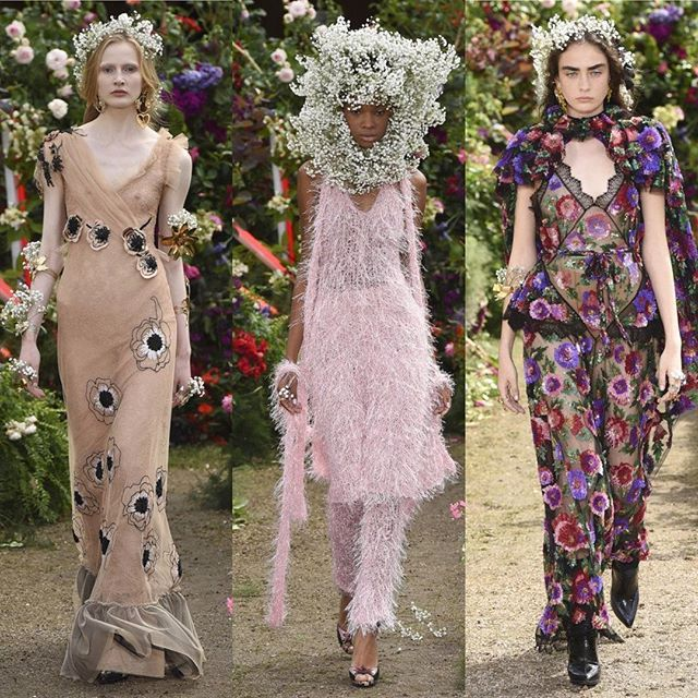 #Rodarte впервые сделали шоу в Париже. Платья из тюля платья с вышивкой много цветов - в финале показа гости аплодировали стоя  #rodarte @rodarte #pfw #hautecouture #style #fashion #trend #VogueUA  via VOGUE UKRAINE MAGAZINE OFFICIAL INSTAGRAM - Fashion Campaigns  Haute Couture  Advertising  Editorial Photography  Magazine Cover Designs  Supermodels  Runway Models