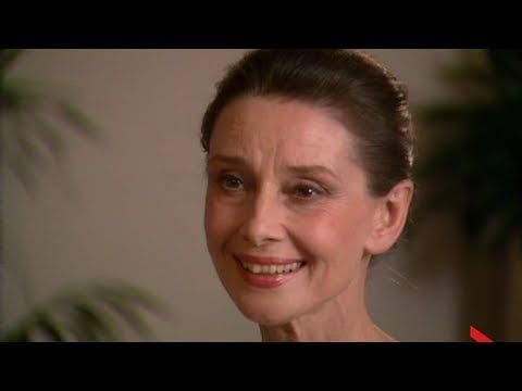 Entertainment Desk - Audrey Hepburn on Ethiopia and UNICEF March 26, 1988: Global News entertainment reporter Elaine Loring sits down with Hollywood legend Audrey Hepburn to discuss her experiences with UNICEF in Ethiopia and living away from the 'hustle and bustle'.