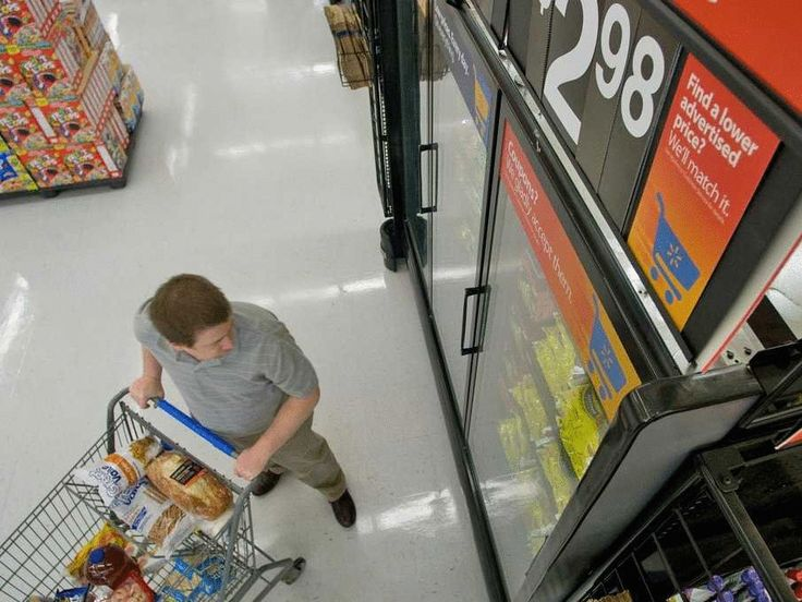The 7 Biggest Ripoffs at the Grocery Store--I am always checking the unit price to get the best deal!!