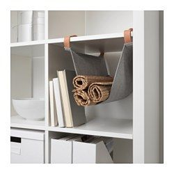 IKEA - KALLAX, Hängeaufbewahrung für Zubehör, , Mit den Einsätzen lassen sich KALLAX Regale ganz dem eigenen Bedarf anpassen.Hier hat alles Platz - von Flaschen und Servietten bis zu Tüchern und Handschuhen.