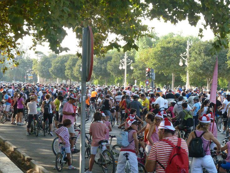 Movimiento ciclista en valencia  valencia bike moviment valencia love's bikes