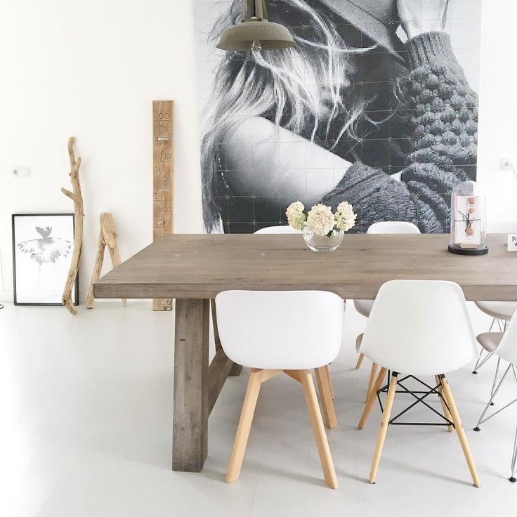 25+ beste idee u00ebn over Grote Stoel op Pinterest   Leesstoelen en Appartement slaapkamer decor