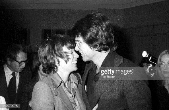 American sibling actors Shirley MacLaine and Warren Beatty attend the premiere of 'Shampoo' (directed by Hal Ashby) at the Columbia Pictures Screening Room, New York, New York, February 1975.