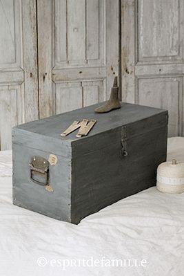 esprit de famille i brocante en ligne i d co vintage industrielle. Black Bedroom Furniture Sets. Home Design Ideas