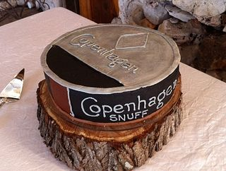 Copenhagen cake by thecakebakelady, via Flickr: HILARIOUS.