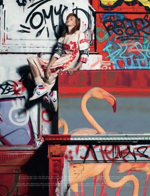 Dazed & Confused Outubro 2013 | Lindsey Wixson por Pierre Debusschere   [Editorial]
