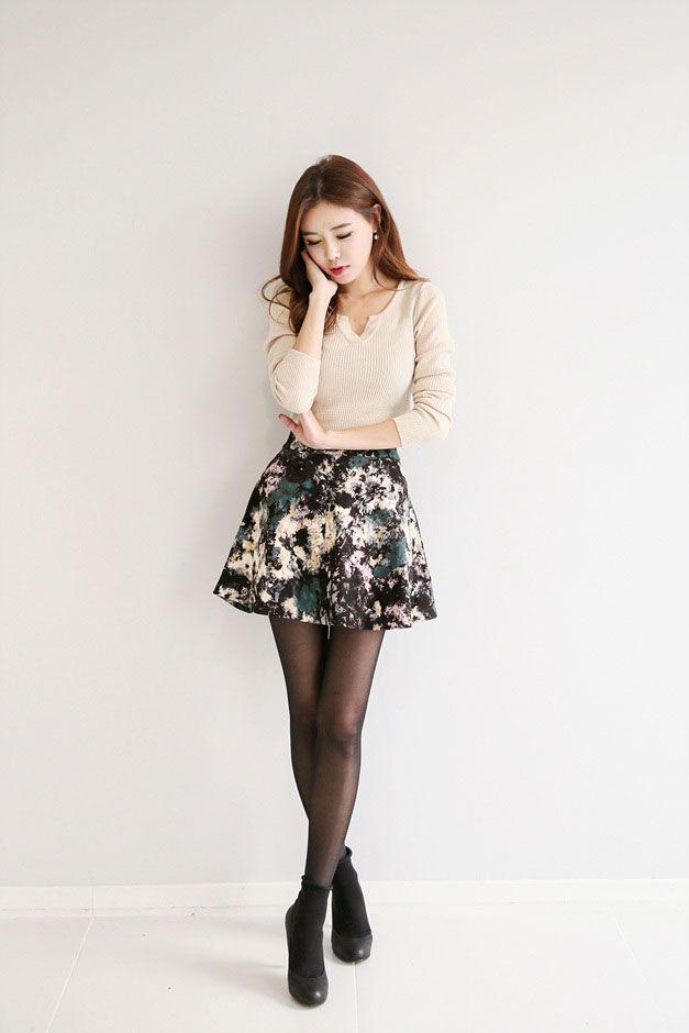 Unique Pattern Band Skirt