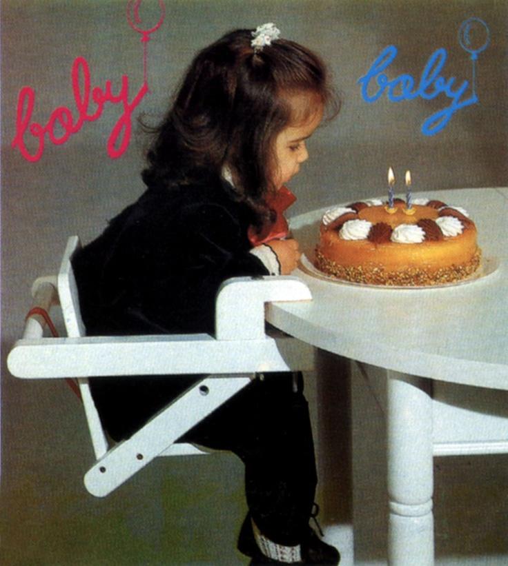 'Baby' es una original silla para los más pequeños de la casa. Adaptable a tu mesa.