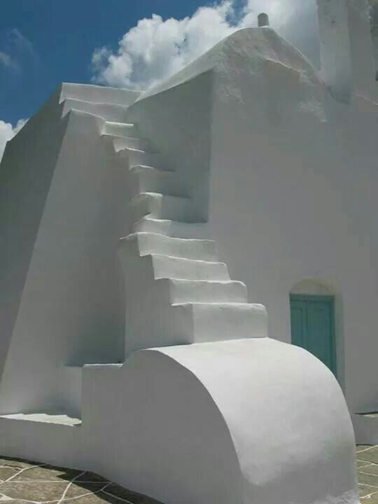 Syfnos island, minimal white!!