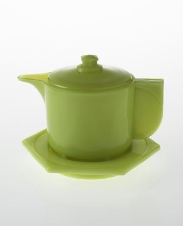 H.P. Berlage and Piet Zwart, glass teapot, 1923 - 1924, executed by Glasfabriek Leerdam, Netherlands.