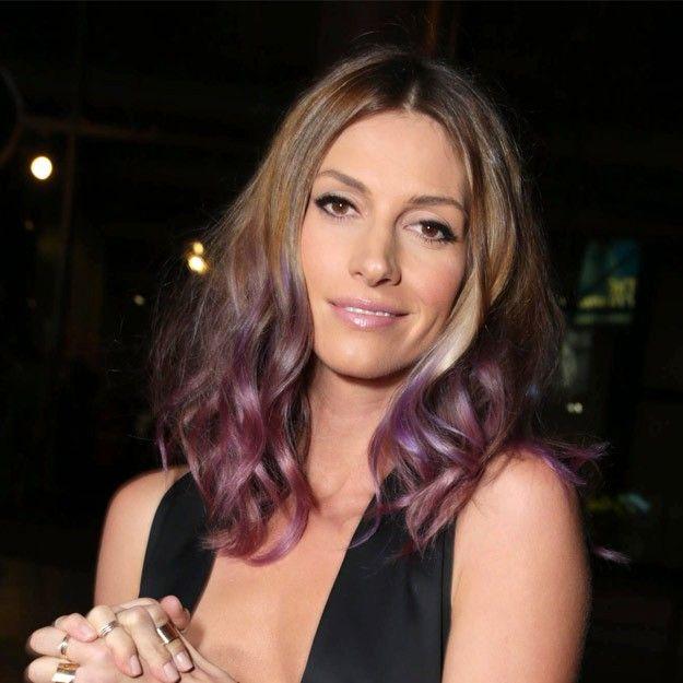 La tendencia hair chalk o pelo tiza encuentra en la actriz Dawn Olivieri a su máximo exponente esta semana quien ha decolorado sus puntas en...