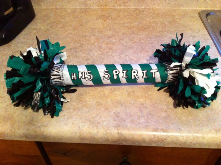 Made a cheerleading spirit stick for the homecoming pep assembly. Send me a message if interested at schendell.legault@icloud.com