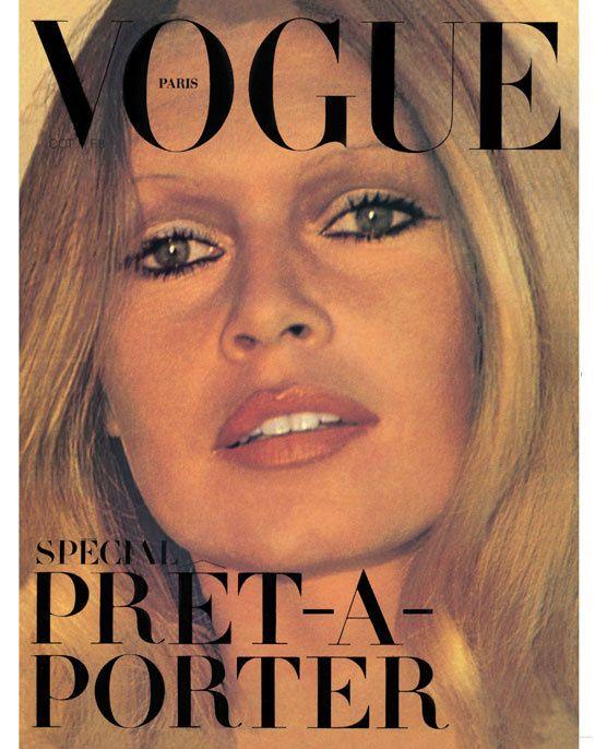 Brigitte Bardot pour le numéro d'octobre 1971 de Vogue Paris: http://www.vogue.fr/photo/les-couvertures-de/diaporama/le-cinema-en-couverture-de-vogue-paris/7774/image/517016#brigitte-bardot-pour-le-numero-d-039-octobre-1971-de-vogue-paris