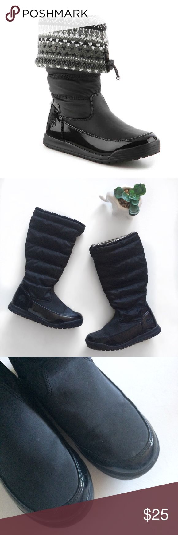 Totes Caroline Black Snow Boots Super adorable foldable snow boots. Wear em high on really snowy days or folded over on those light winter days. Size 6. Good condition, most of wear is on insoles. Minor marks on outside from snow, please see photos. No box. Totes Shoes Winter & Rain Boots