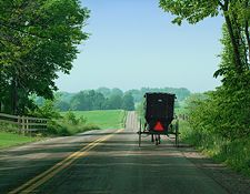 scenic-road-in-amish-country in Holmes County Ohio