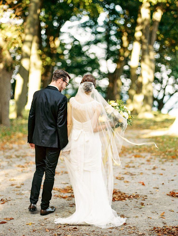 tara mcmullen photography lisa collins sweet woodruff flower design grey likes styled shoot dundurn castle wedding film wedding photography toronto film wedding photographer toronto-003