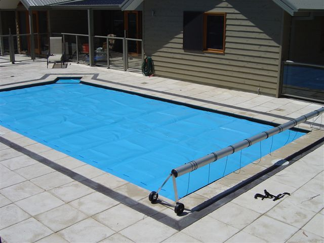 17 Best Sunbather Thermal Blanket Swimming Pool Covers Images On Pinterest Au Pool Covers And