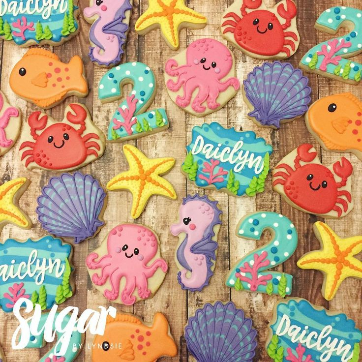 """508 Likes, 12 Comments - Lyndsie Hays (@sugarbylyndsie) on Instagram: """"Love these under the sea cookies for Daiclyn's 2nd birthday!!  Despite having to make a million…"""""""