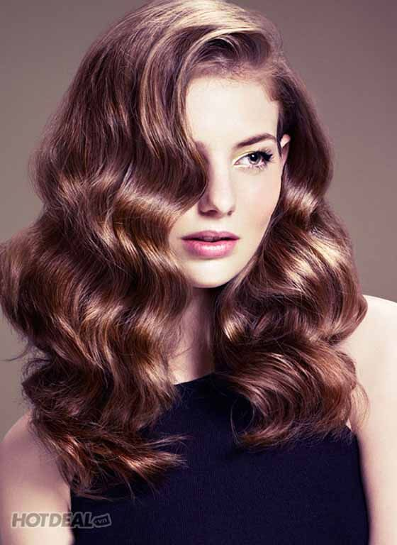 20 Gorgeous Wavy Hairstyles For Luscious Hair You May Like