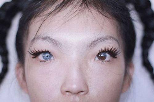 heterochromia iridum   Bianco ~ Colore   Pinterest   Sexy ...  heterochromia i...