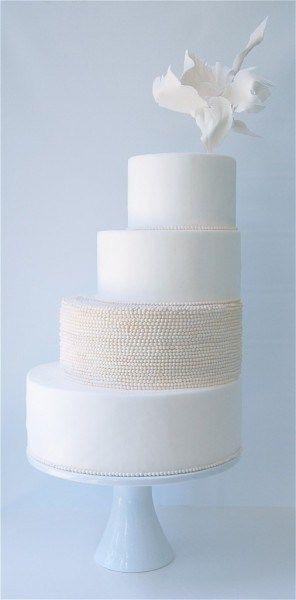 Biały Tort Weselny - White Wedding Cake