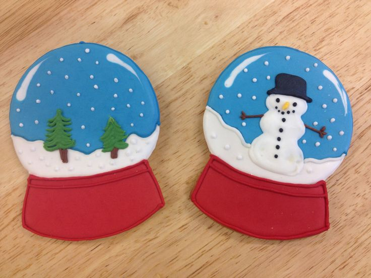 Snow Globe iced biscuits