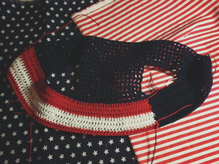 #WIP USA Horse fly bonnet #flyveil #flybonnet #horse #pony #cuffiettecavallo #cavallo #equestrian #equestrianstyle #equinestyle #horsewear #earbonnet #earnet #horsefashion #horselover #jumper #USA