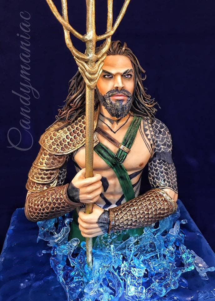 Amazing Aquaman Cake In 2019 Super Heroes And Villains