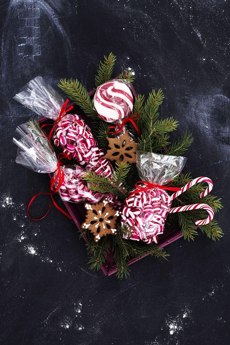 Christmas Sweets www.panduro.com Christmas Sweets by Panduro #christmas #decoration #DIY #sweets #scandinavian #nordic #gingerbread #cookies #pepparkakor #polkagrisar #karameller