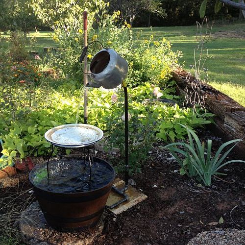 Best 25 homemade water fountains ideas on pinterest diy for Best water pipe for outside
