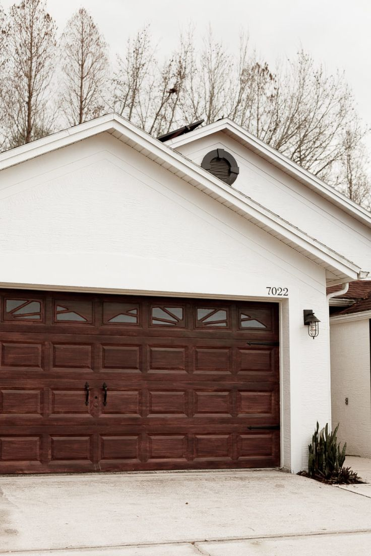 DIY Garage Door Makeover Garage door makeover, Diy