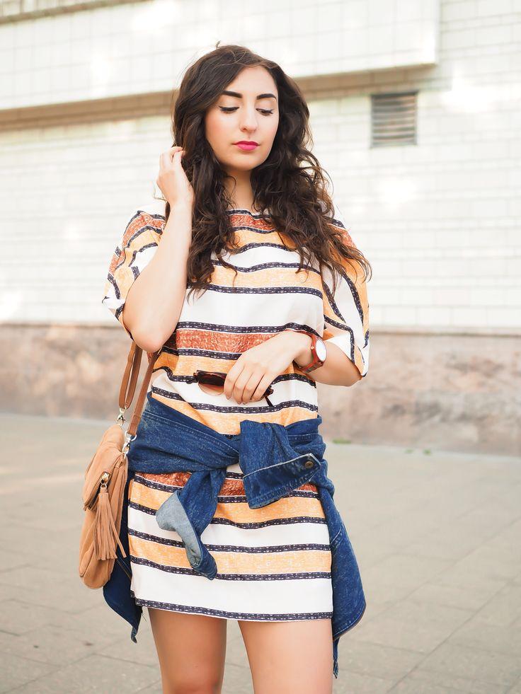 Sheinside Striped Minidress Denim Jacket Zara Wedges Oasis Bag Boho Streetstyle Berlin Casual Blogger Outfit Sommer Summer Samieze Modeblog