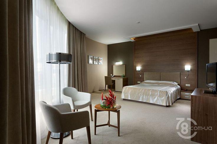 полу-люкс / Интерьер номеров гостиницы «Овис» / Ovis Hotel, гостиница