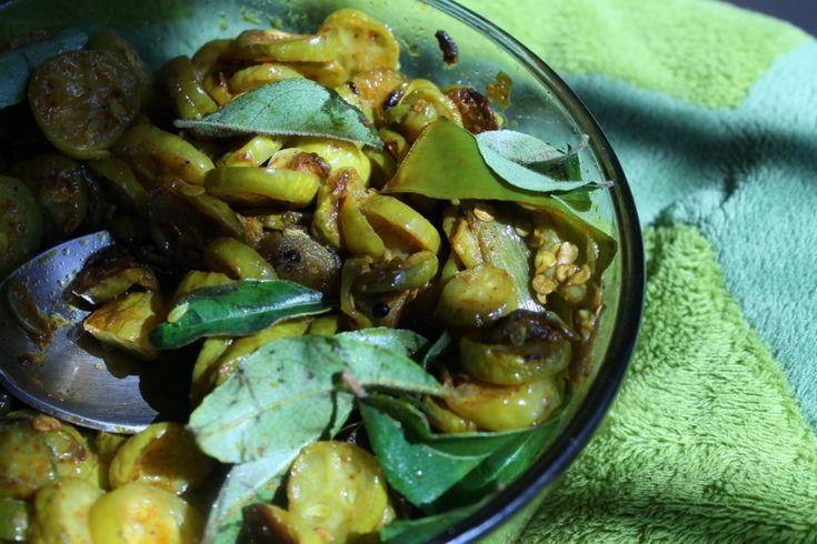 Ivy gourd fry/ kovakka mezhukkupuratti