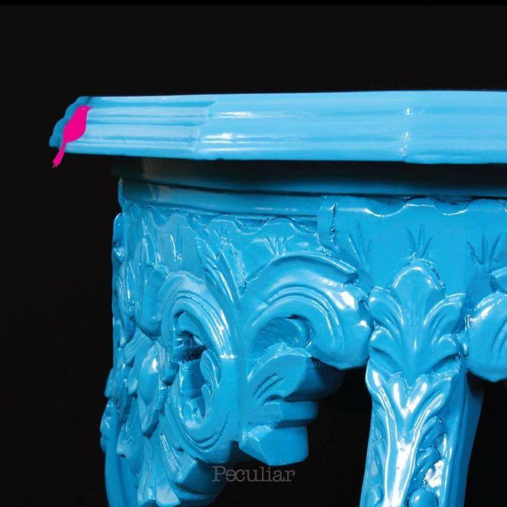 Busca imágenes de diseños de Hogar estilo translation missing: mx.style.hogar.eclectico}: Mesa Lateral Estilo Luis XV. Encuentra las mejores fotos para inspirarte y y crear el hogar de tus sueños.