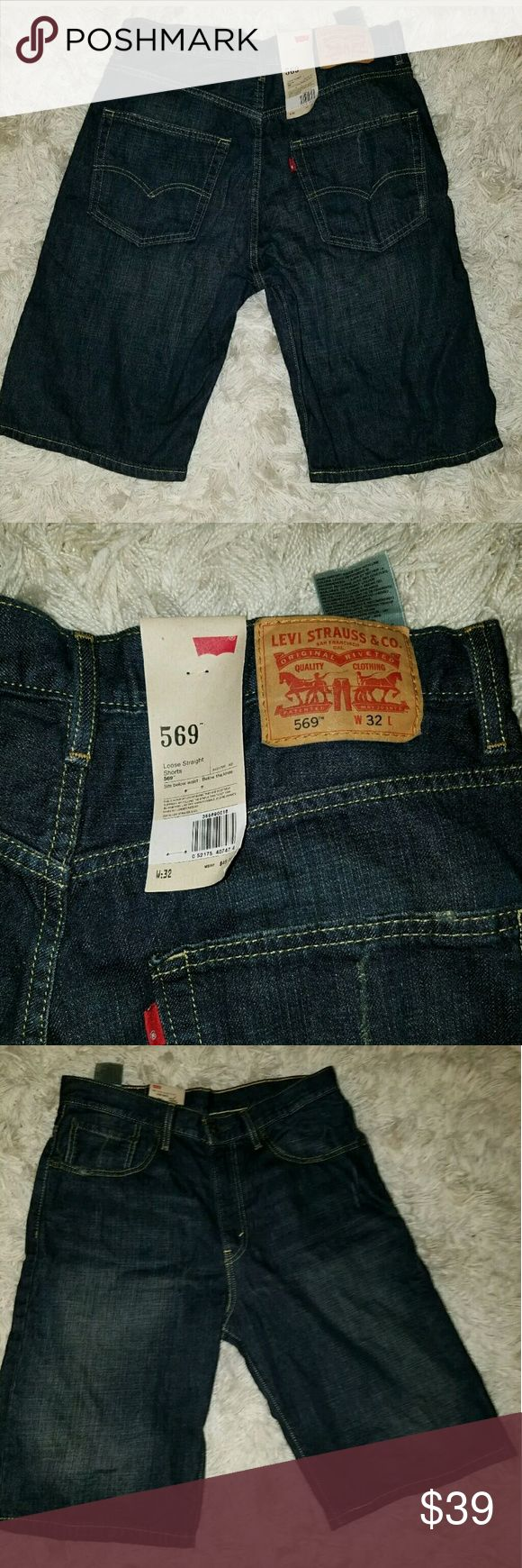 NWT Levi's 569 Loose Straight Dark Blue Shorts NWT Men's Levi's 569 Loose Straight Dark Blue Denim Jean Shorts Size 32  Tag size 32.   Waist measures 35 inches. 12 inch inseam. 23.5 inches long from waist to hem.    AB Levi's Shorts Flat Front