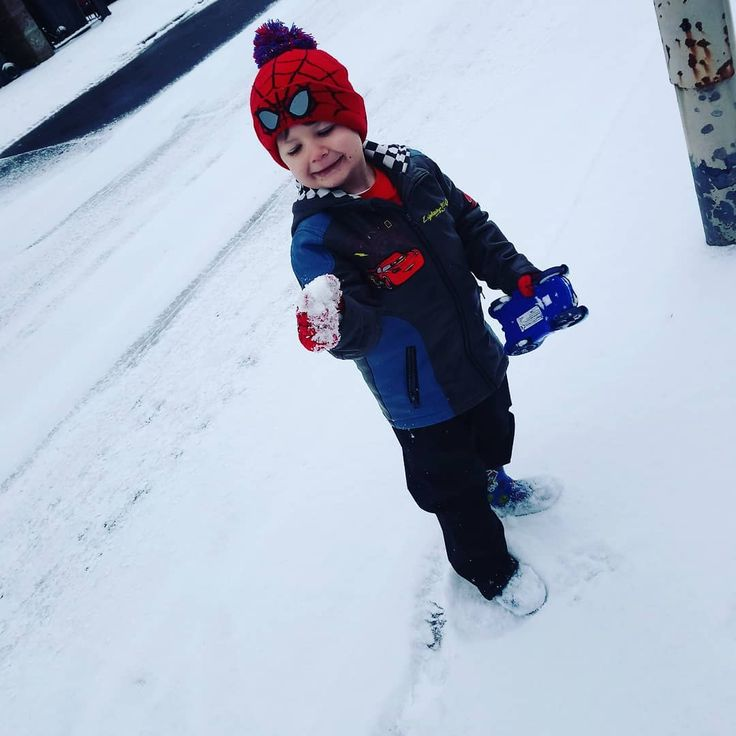 Snowball snowman Our first snow #snow #son #cute #love #boys #baby #toddler #snowing #cold #white #warm #weather #spiderman #cars #smile #myworld #growingup #instagood #picoftheday #photooftheday #photography #white #mumlife #momlife #first #fun #snowball #playing #throw #proud