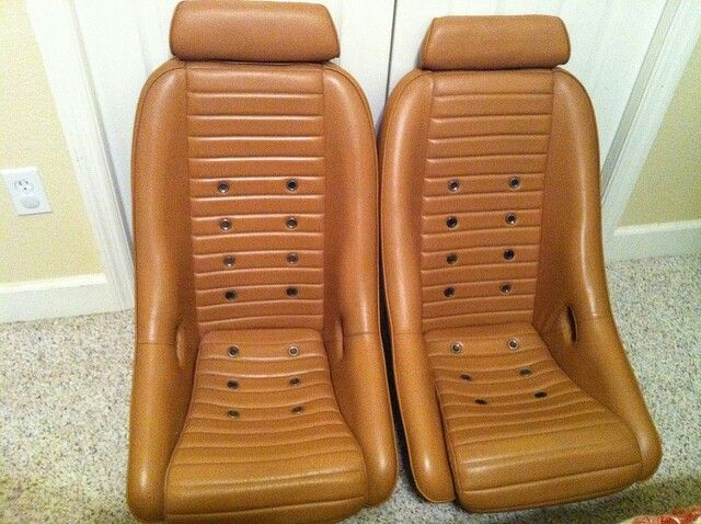 how to build a roadster seat